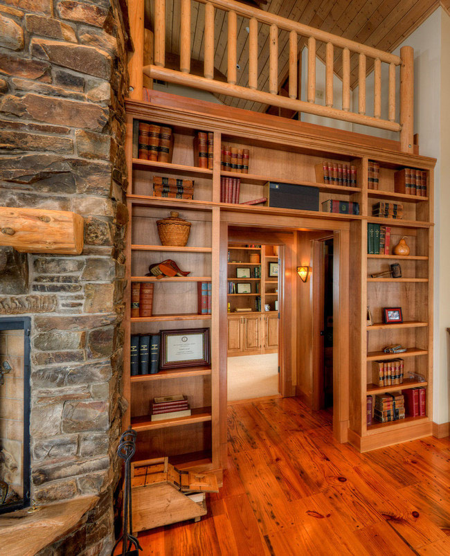 Встроенная мебель из дерева